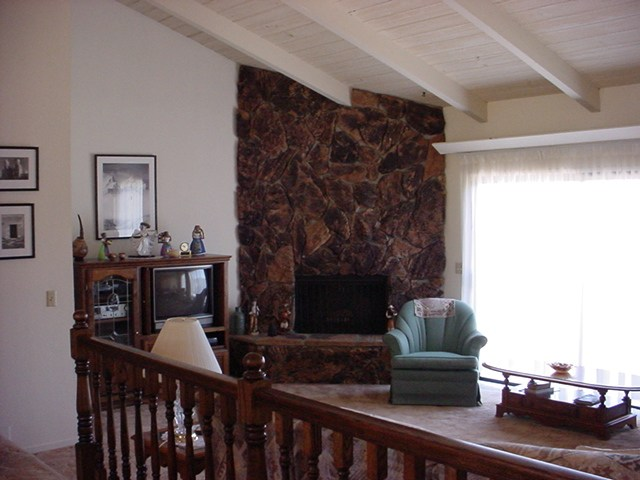 Living Room W Corner Fireplace